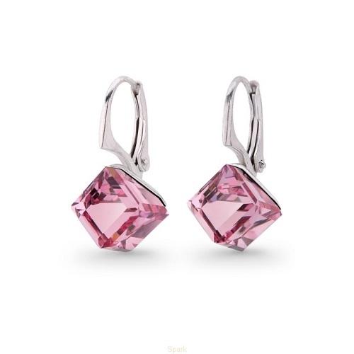 Šperky VANDAMA.SK - Náušnice kocky Swarovski Elements Light Rose 8 mm a8f743b9e57